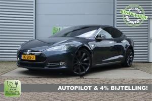 20391879/Tesla/70D (4x4)/AutoPilot 49.586ex
