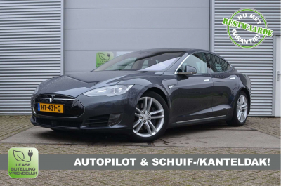 25591561/Tesla/85D (4x4)/AutoPilot, 39.255ex
